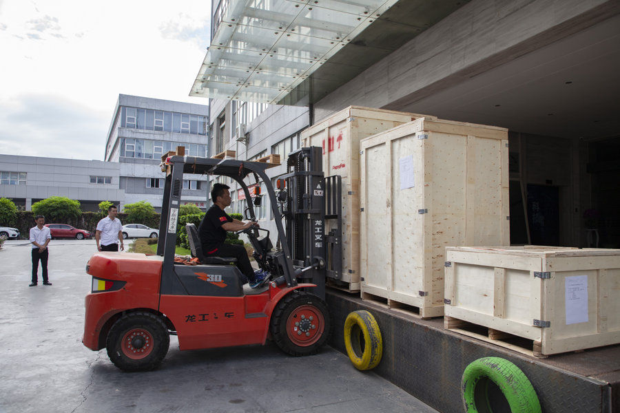 ProtoFab won overseas orders for SLA 3D printers continuously, sla800 and sla450 machines were shipped to Korea again .